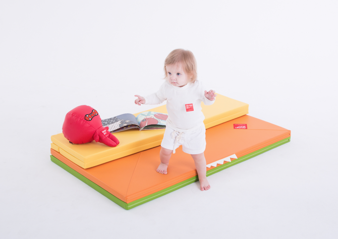 designskin House Mat unfolded play mat to play on